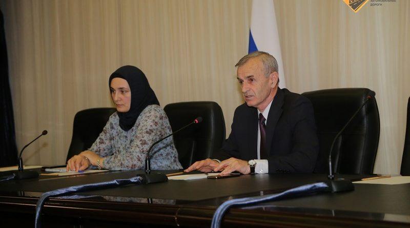 Обсуждение актуальных вопросов реализации нацпроекта в мэрии Грозного