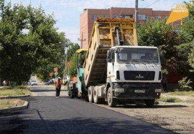 Общественные контролеры проверили ход ремонтных работ на улице И.И. Бисултанова в Грозном